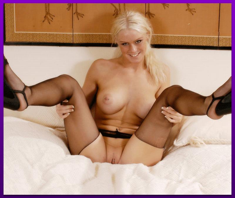 Blonde Sex Chat Bombshells